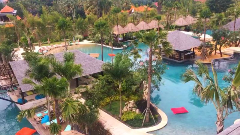 image for travelling to Bali with toddlers - family friendly resorts