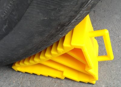 Caravan Levelling Devices - Wheel chocks keep your caravan level and you safe