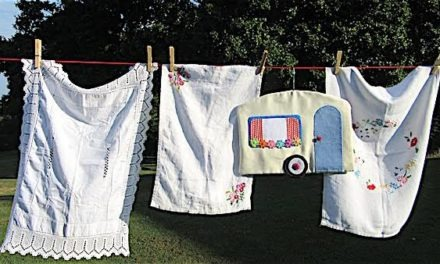 5 Best Options for Drying Clothes in a Caravan [Pros & Cons]