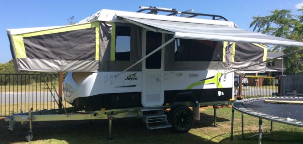 Jayco Swan Outback with a Fiamma 45 s Awning