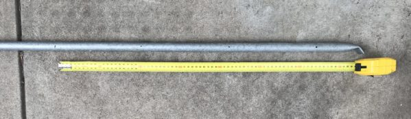 Marking the Jayco camper bed support poles to show where the clotheseline rungs will fit between